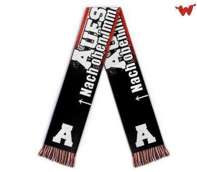 Football scarf winner