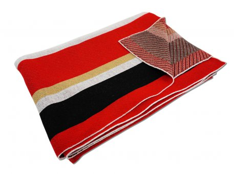 Kids Knit blanket with stripes